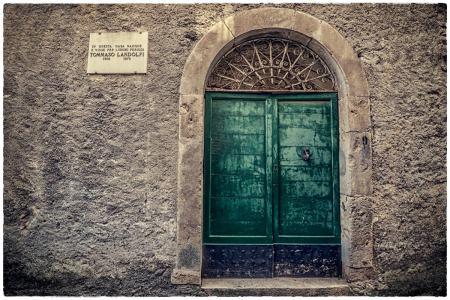 Entrata di Casa Landolfi, da via Tommaso Landolfi